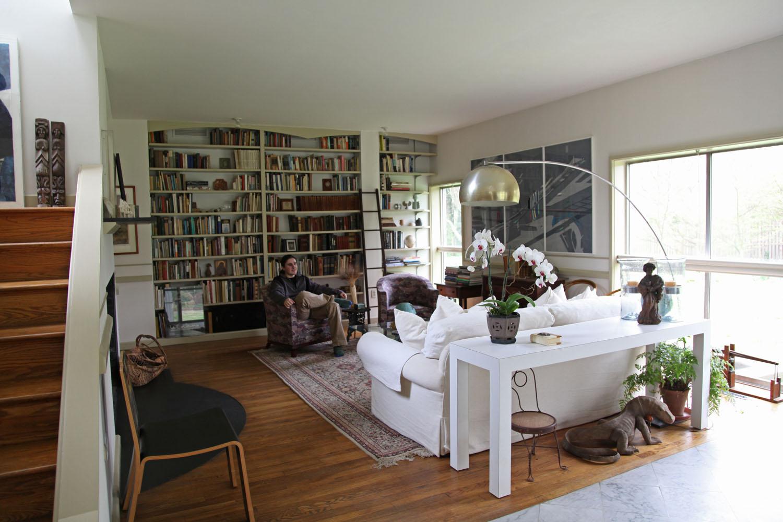Tiny Home Designs: The Full Tour: The Vanna Venturi House (aka Mother's House