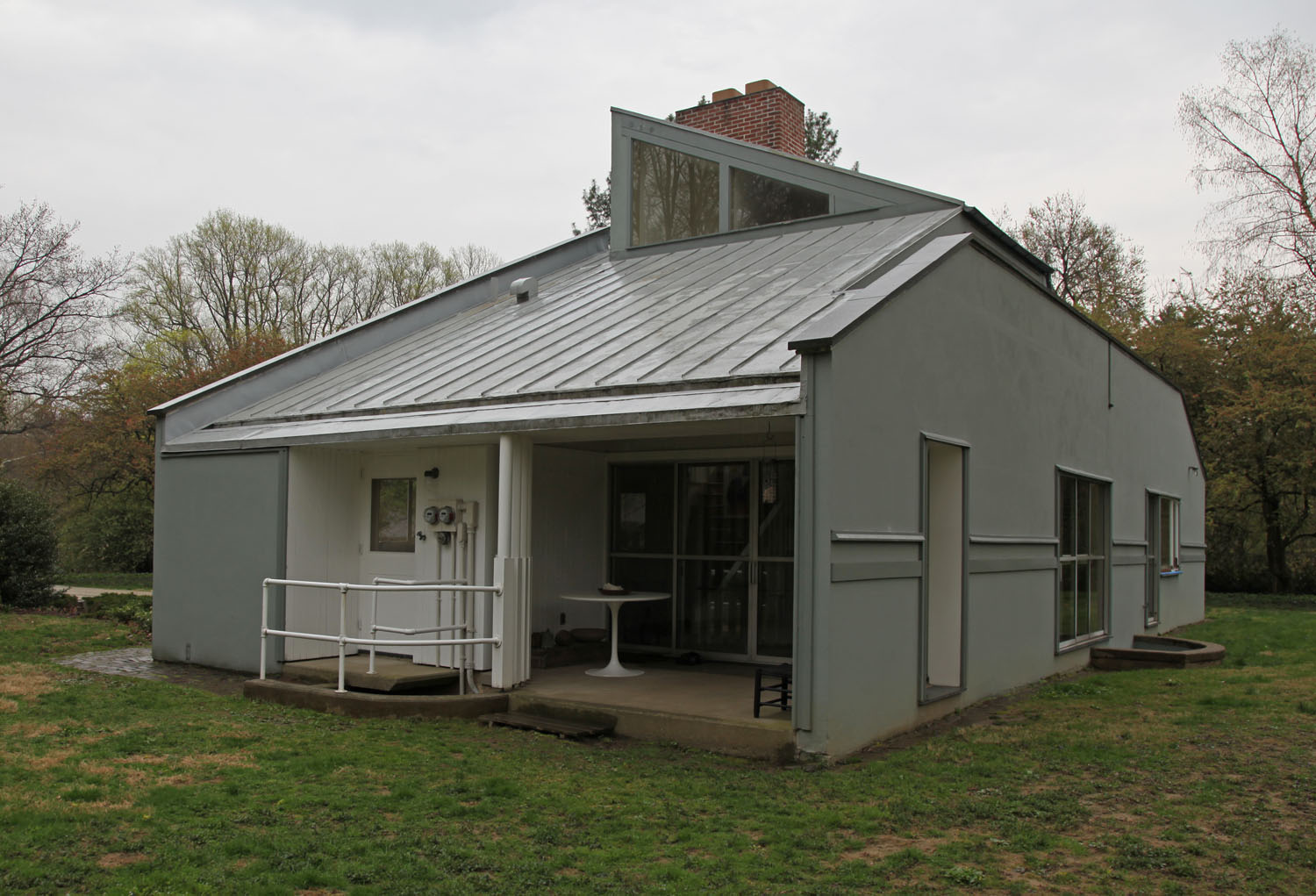 The Full Tour: The Vanna Venturi House (aka Mother's House ...