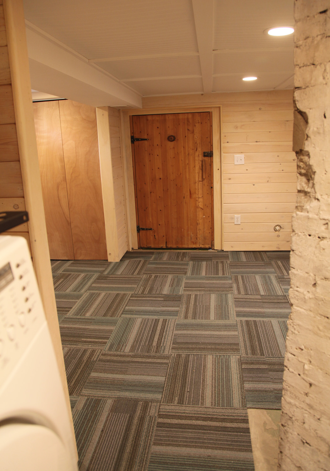 Carpet tiles for basement best home decoration for Best carpet for basements